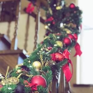 Новогоднее оформление лестницы/ Waiting for Santa