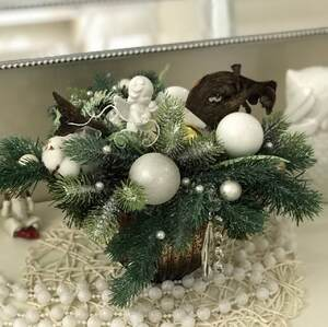 Рождественская композиция в белых тонах/ Angel
