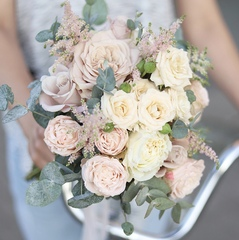 Букет невесты в пудровых тонах