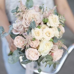 Букет невесты в пудровых  тонах / Westminster Abbey Rose