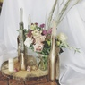 Декор свадьбы со спилами, золотыми бутылками и свечами