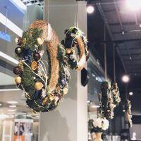 Рождественские венки для витрины разных диаметров