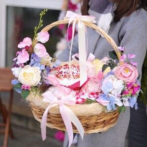 Пасхальная корзина с куличом и сладостями/XL