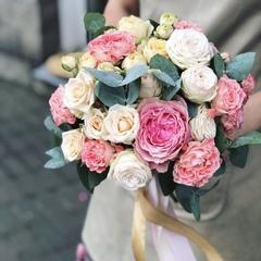 Букет невесты из кустовых роз/Curly