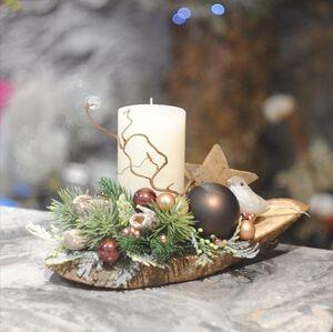 Новогодняя композиция со свечой на спиле