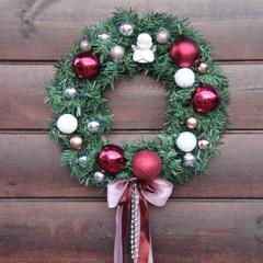 Рождественский венок в винной гамме